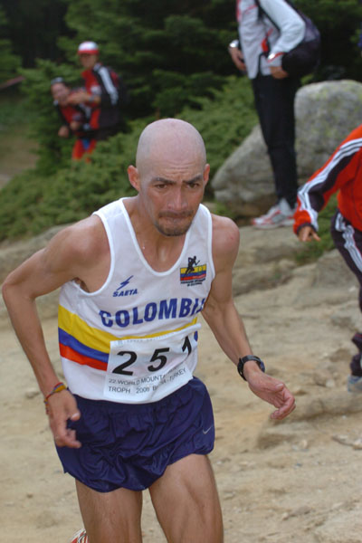 Rolando Ortiz winner of the World Mountain Running Trophy Championships!
