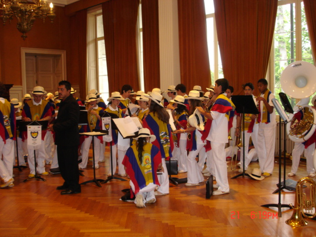 Banda de Neira in Paris